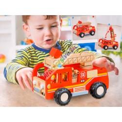 Dřevěné hasičské auto s pohyblivou plošinou
