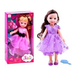 Elegantní panenka v bálové sukni