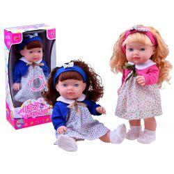 Krásna bábika s čelenkou