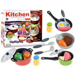 Kuchynské náradie + potraviny