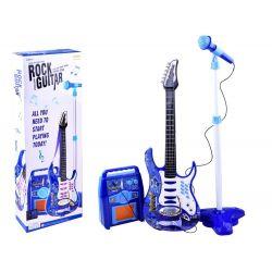 Rocková kytara se zesilovačem a mikrofonem