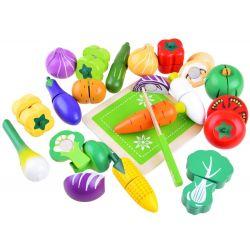 Drevená zelenina na krájanie s lopárom a nožíkom